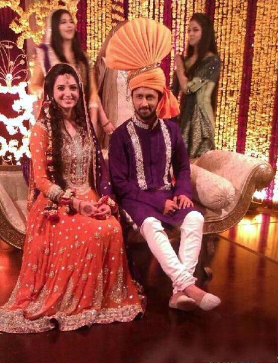 First Look - Atif Aslam Fiance Sara Bharwana
