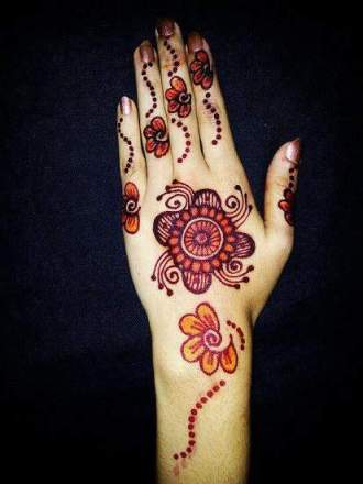 Beautiful and Colorful Mehndi Design for girls