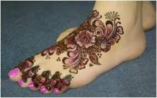 Colorful Henna Designs for Girls latest collection