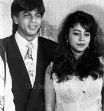 Shahrukh khan with his wife gauri