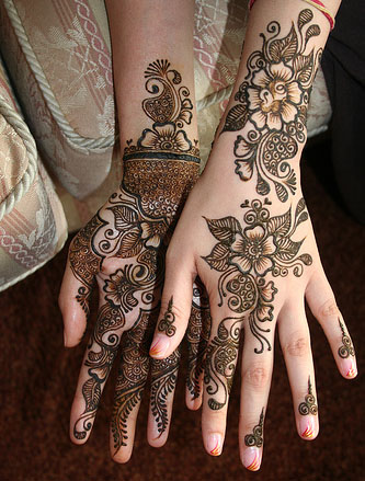 Latest Arabic - Indian Mehndi Designs for girls