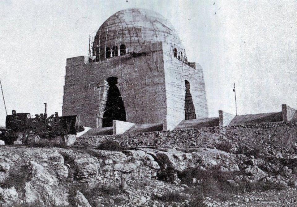 Under construction Mizar-e-Quaid