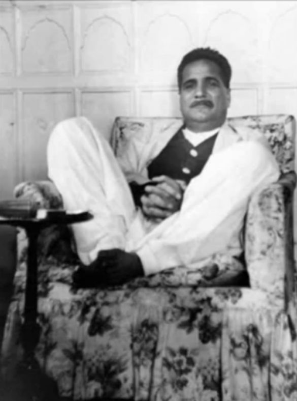 Allama Iqbal at Home Rear Pictures