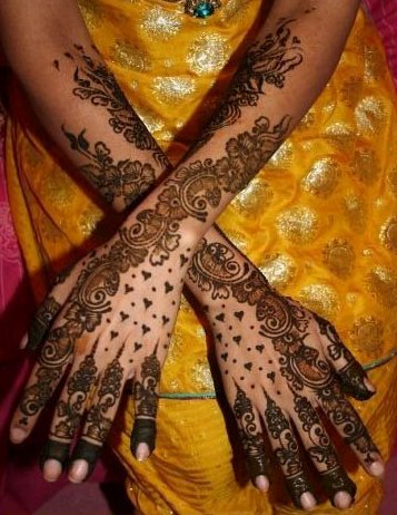 Full Arms Mehndi Designs Collection for Valentine's Day