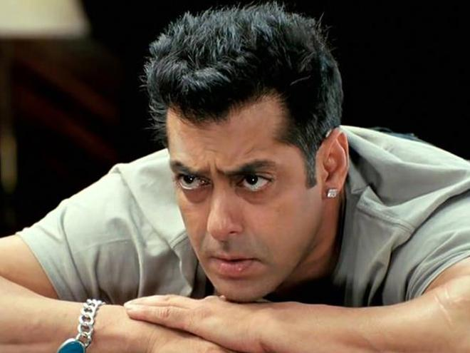 Salman Khan baffled Slapped A Pakistani Army