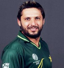 Afridi secures place in top 5 bowlers with 393 ODI wicket