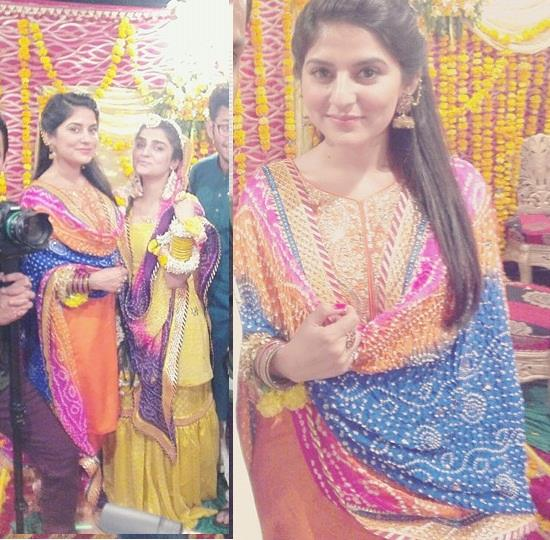 Sanam Baloch at her Brother's Mehndi Wedding Pictures (2)